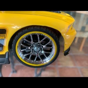 New Bright Other - New Bright BOSS 302S RC Yellow Car. 49MHz.